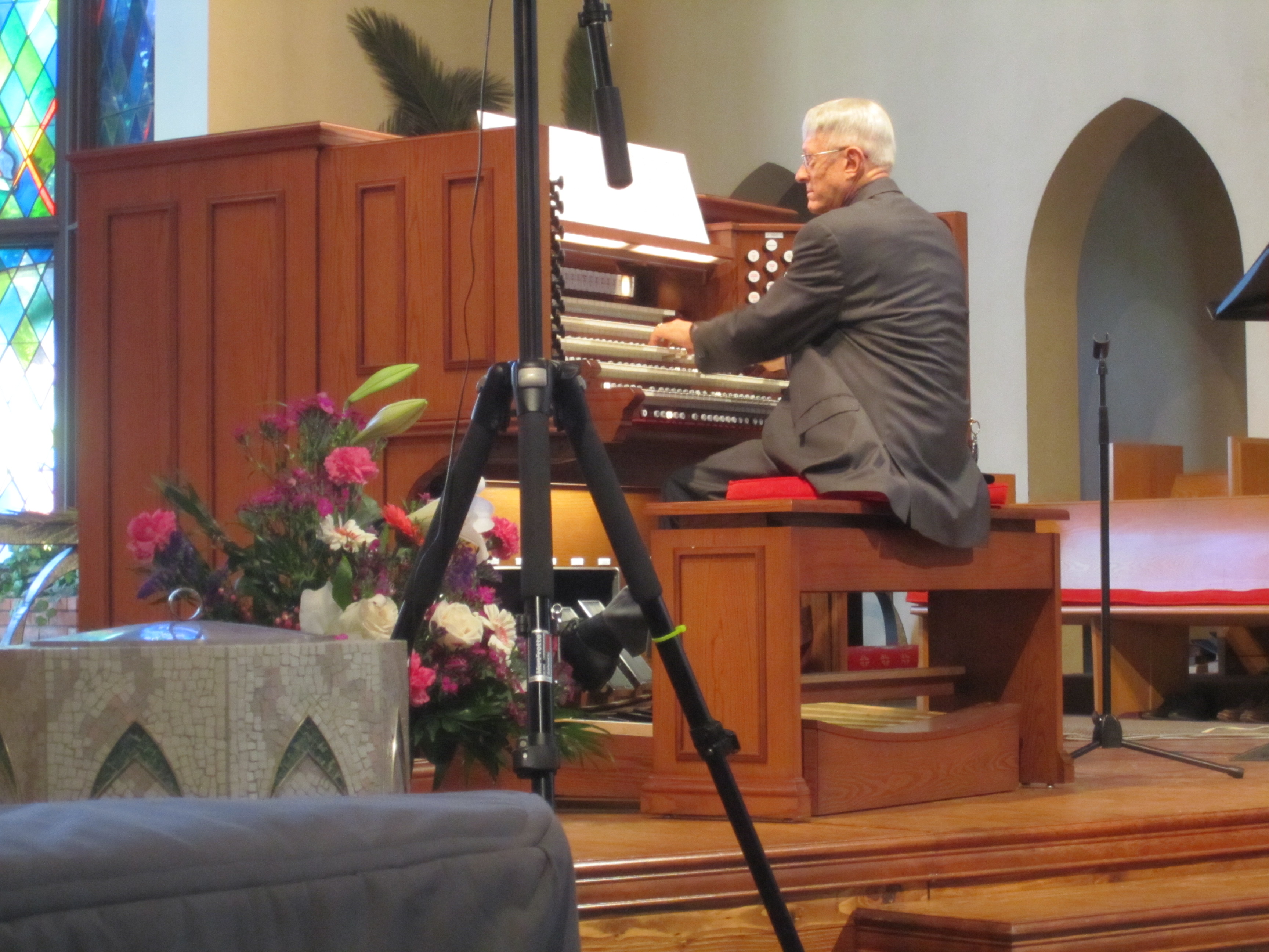 Dr. Tall performing on the five-manual Rodgers Masterpiece organ in Arcadia, CA