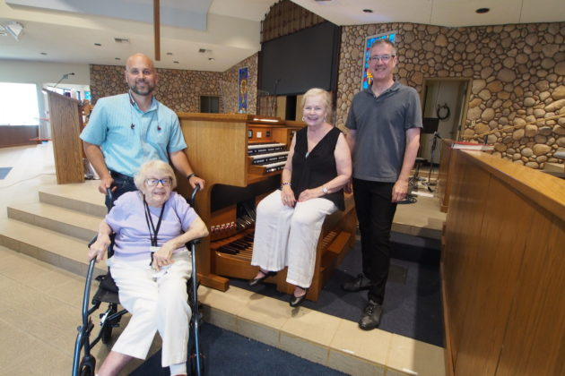 La Verne Heights Presbyterian Church - L to R: Pastor Jonathan Hughes, Barbara Shock, donor, Dr. Janet Harms, organist, Nelson Dodge, with the new Rodgers Imagine 351 organ